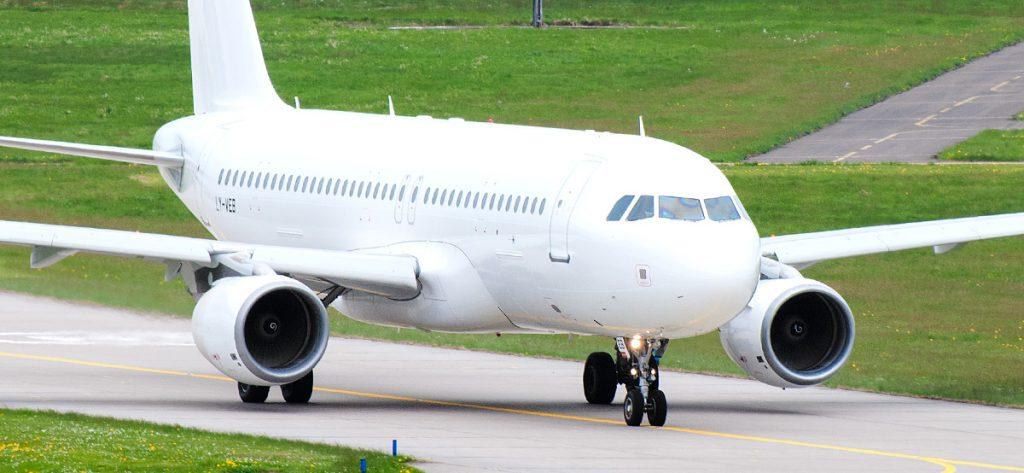 Bild: Airbus A320 weiß