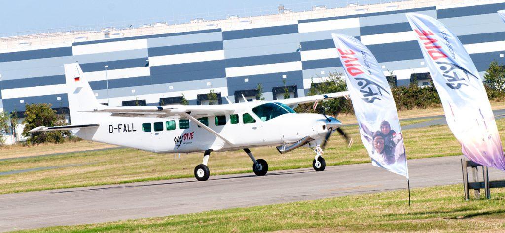 Bild: Cessna 208 D-FALL