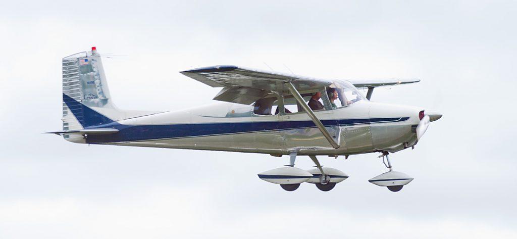 Bild: Cessna 172 N649IE