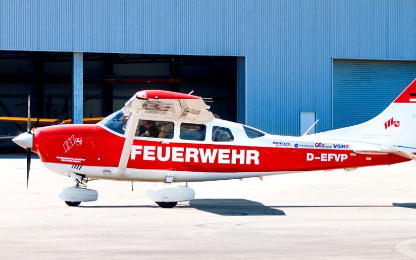 Bild: Feuerwehr-Flugzeug