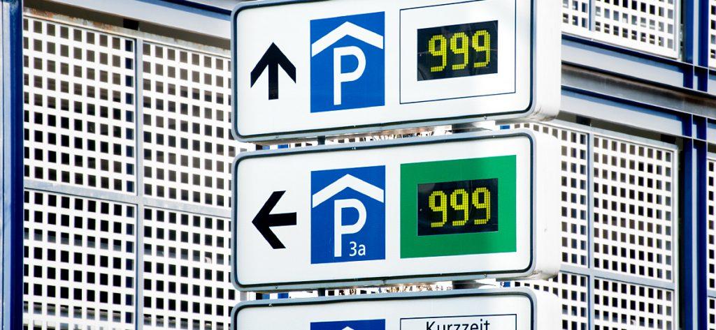 Bild: Parkhaus-Anzeige