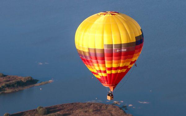 Luftbild: Heißluftballon in der Region Hannover