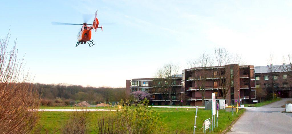 Bild: Hubschrauber am KKH Auf der Bult