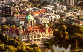 Bild: Luftbild Neues Rathaus Hannover