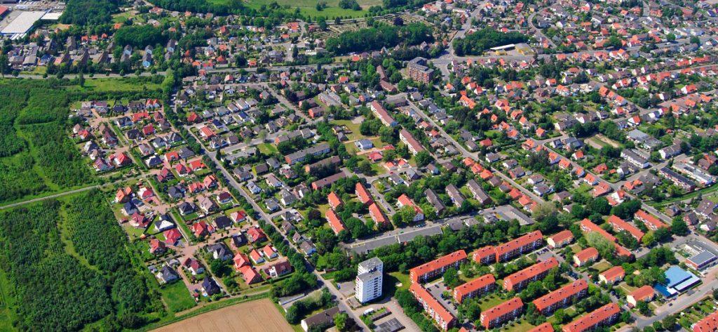 Bild: Luftbild Nienburg Lehmwandlung