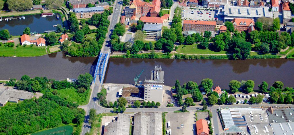 Bild: Luftbild Nienburg Lagerhaus Mittelweser