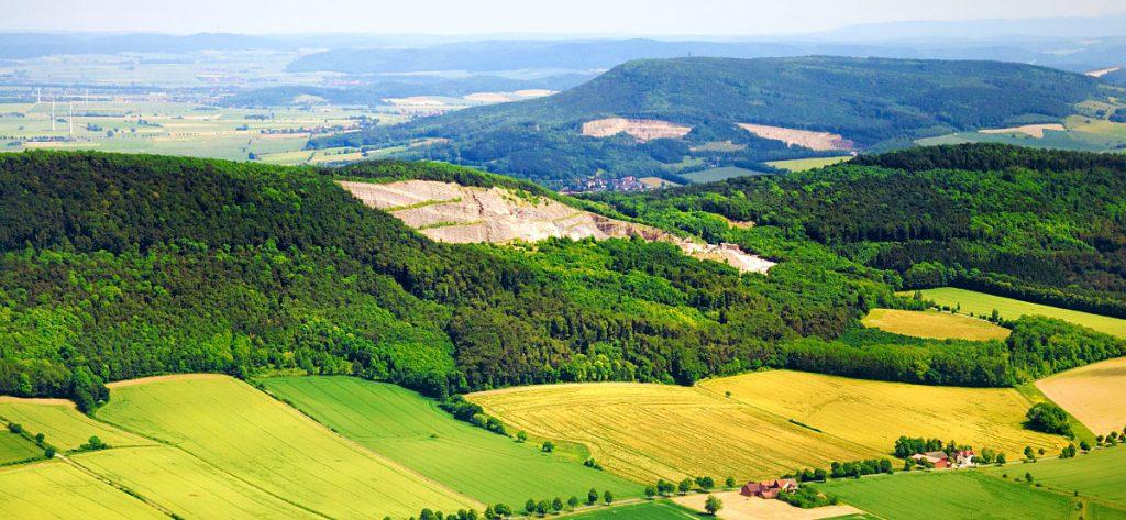Bild: Luftbild Steinbruch Ith