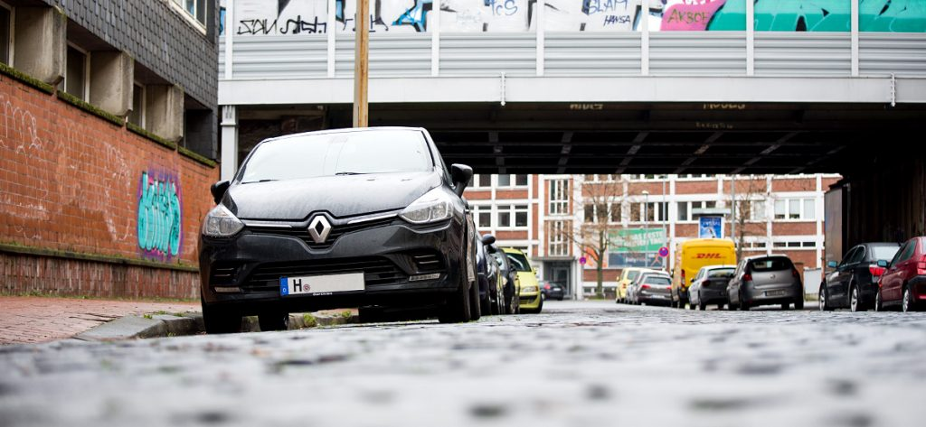 Bild: Parken am Straßenrand