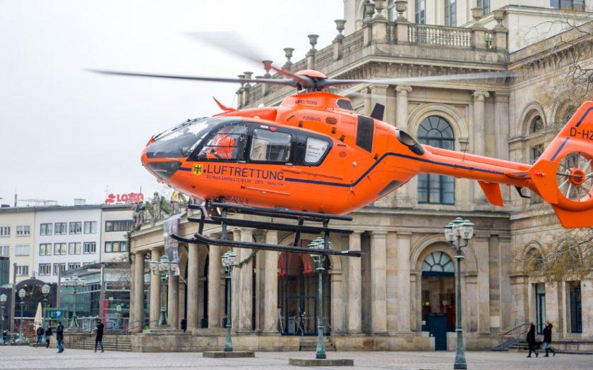 Bild: Rettungshubschrauber Opernplatz Hannover