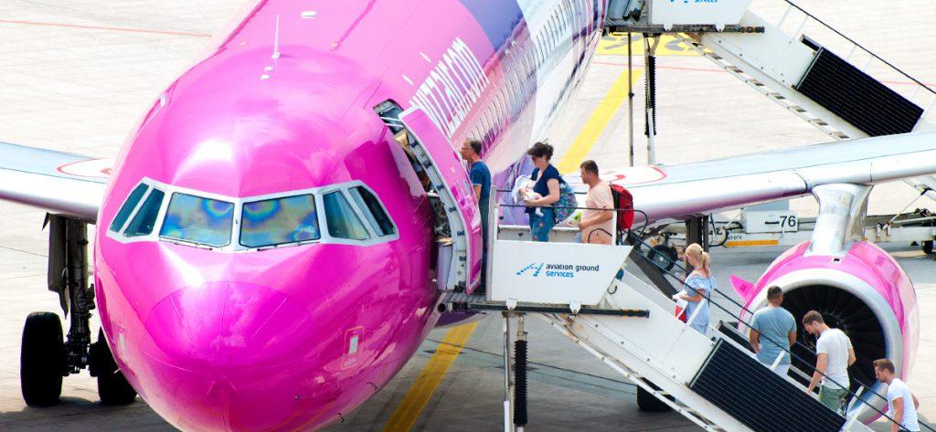 Bild: Menschen beim Boarding
