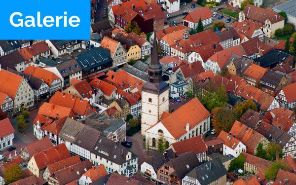 Bild: Titelfoto Luftbilder Kirchen